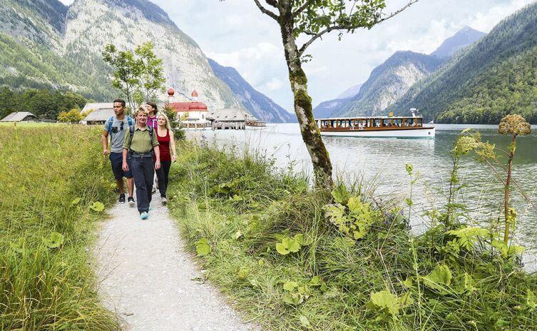 umweltschonende-Schiffsfahrt-am-Königssee