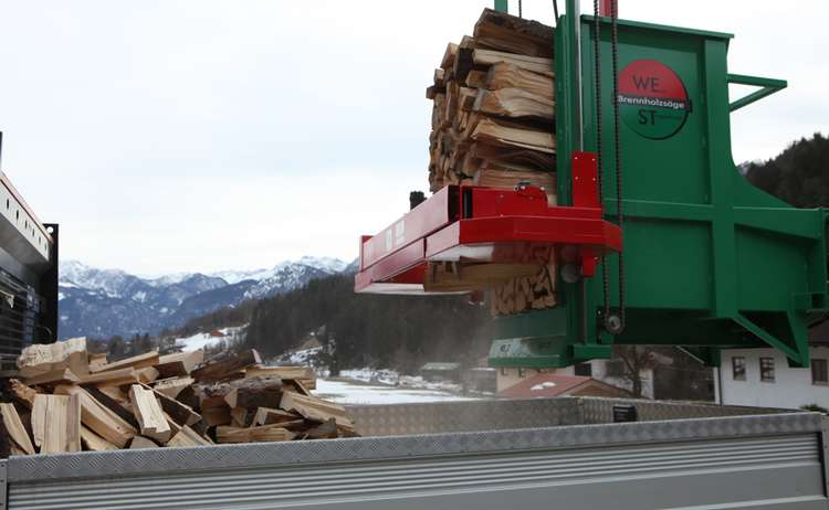 Landtechnik Stanggassinger Brennholzsaege 17 Min