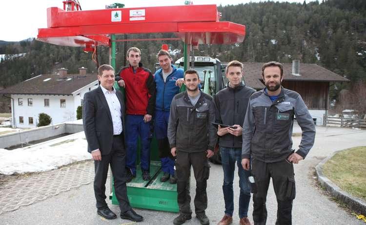 Landtechnik Stanggassinger Brennholzsaege 2 Min