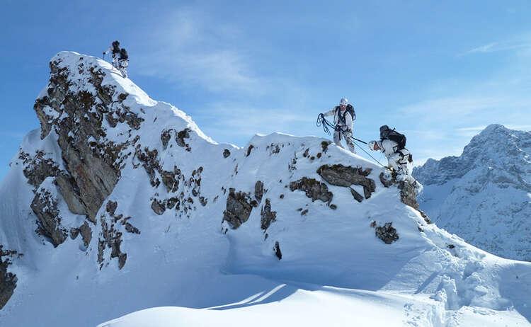 Soldaten Im Winterlichen Hochgebirge 1